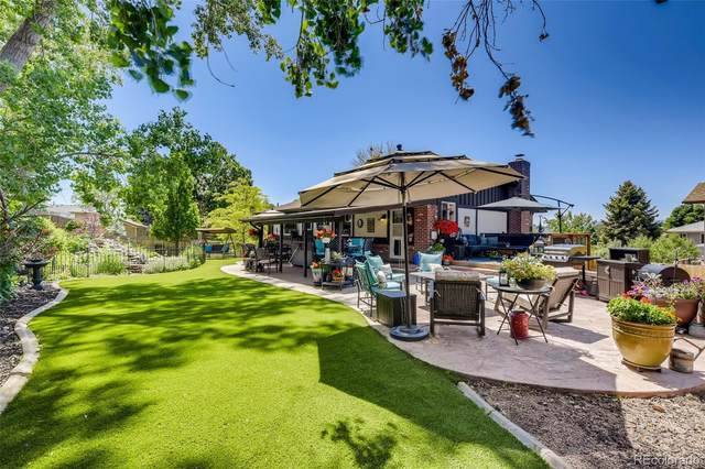 2251 S Zang Court, Lakewood, CO 80228 (#4853346) :: The DeGrood Team