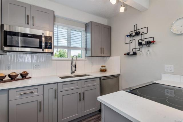 1265 Race Street #301, Denver, CO 80206 (MLS #4955935) :: 8z Real Estate