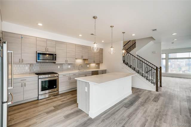 6828 E Lowry Boulevard, Denver, CO 80230 (MLS #4957556) :: 8z Real Estate