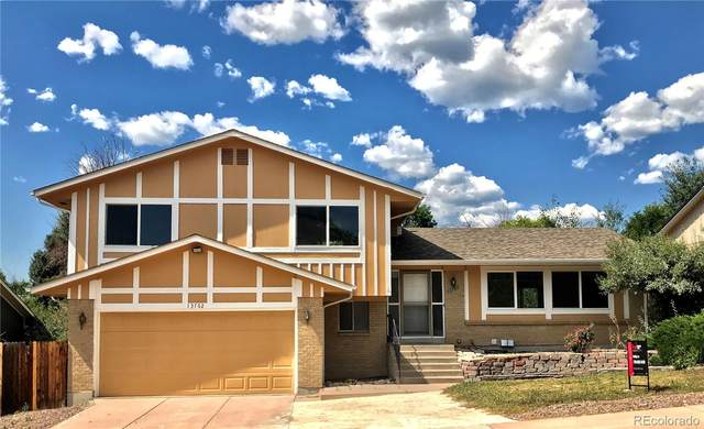13762 W Warren Drive, Lakewood, CO 80228 (#4969720) :: The Griffith Home Team