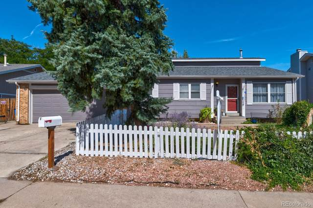 17225 E Brown Circle, Aurora, CO 80013 (#5240579) :: The Brokerage Group