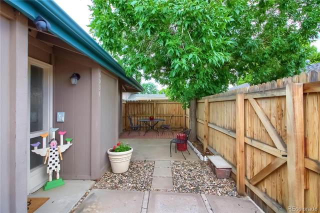 6034 S Willow Way, Greenwood Village, CO 80111 (#5521692) :: Finch & Gable Real Estate Co.