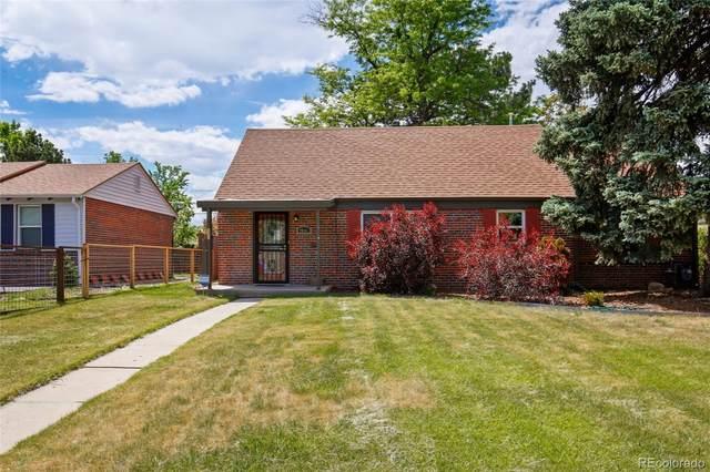 2841 Elm Street, Denver, CO 80207 (#5698527) :: The Peak Properties Group