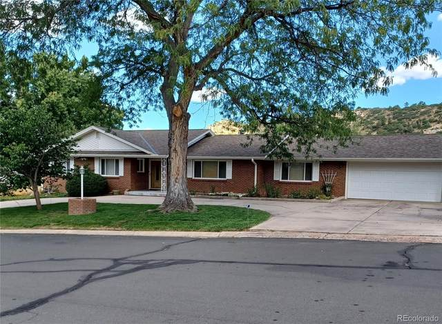 3015 Chelton Drive, Colorado Springs, CO 80909 (#6154652) :: The Griffith Home Team