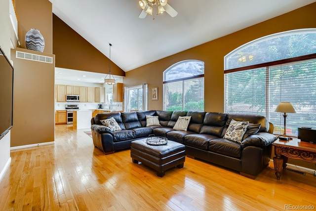 17898 E Oakwood Lane, Aurora, CO 80016 (MLS #6208286) :: 8z Real Estate