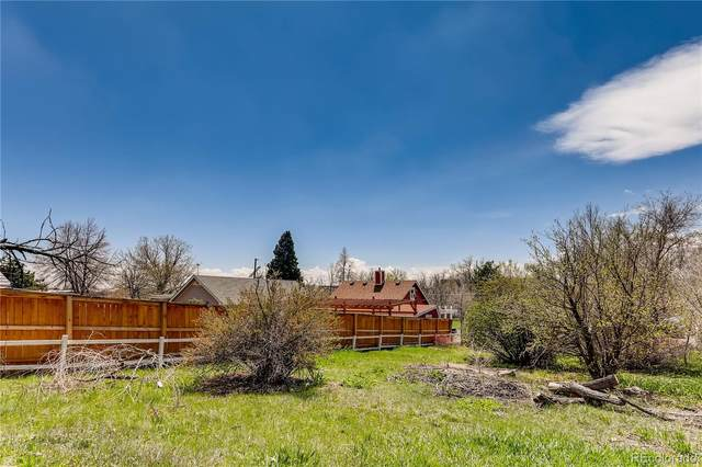 11691 W Pleasant Avenue, Lakewood, CO 80401 (#6216877) :: Chateaux Realty Group