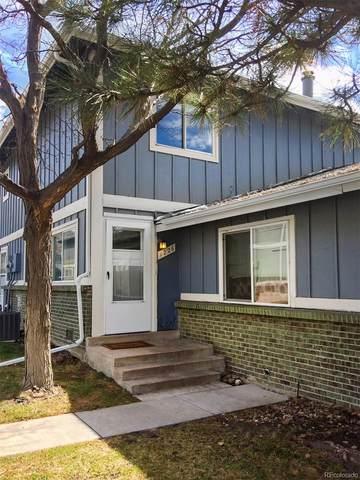 1226 S Uvalda Street, Aurora, CO 80012 (#6223044) :: The HomeSmiths Team - Keller Williams
