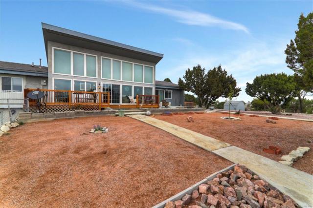 1072 S Greenbrier Drive, Pueblo West, CO 81007 (MLS #6719281) :: 8z Real Estate