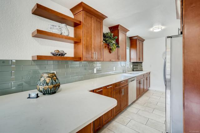 3089 Bellaire Street, Denver, CO 80207 (#7272297) :: The HomeSmiths Team - Keller Williams