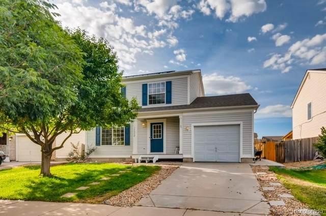 15852 E 48th Place, Denver, CO 80239 (#7738725) :: iHomes Colorado