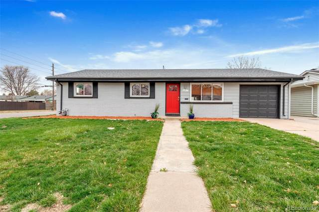 697 S Jasmine Way, Denver, CO 80224 (#8307928) :: Hudson Stonegate Team