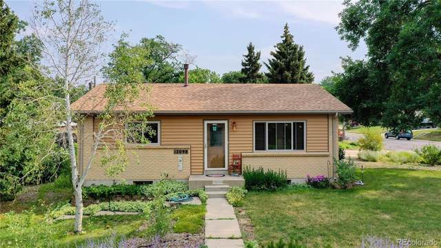 12098 W Virginia Drive, Lakewood, CO 80228 (#8681703) :: Wisdom Real Estate