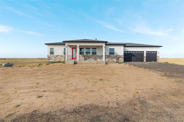 45400 Wolf Creek, Bennett, CO 80102 (#9631518) :: The DeGrood Team