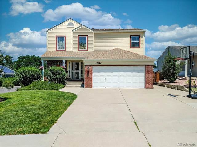 19523 E Ithaca Place, Aurora, CO 80013 (MLS #9828562) :: Bliss Realty Group
