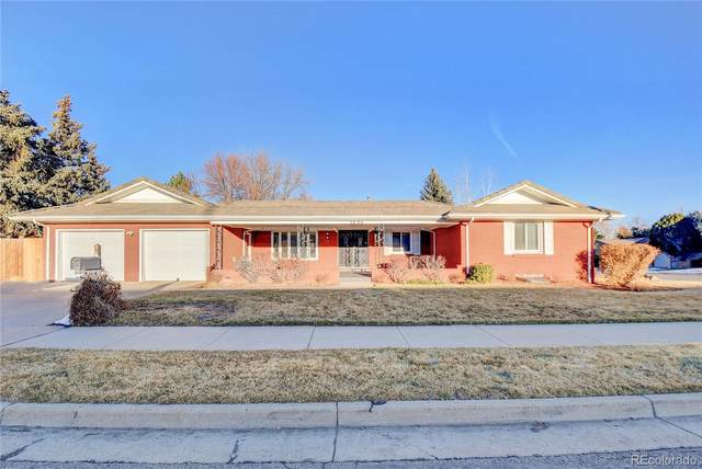 4090 S Monaco Parkway, Denver, CO 80237 (#2201074) :: iHomes Colorado