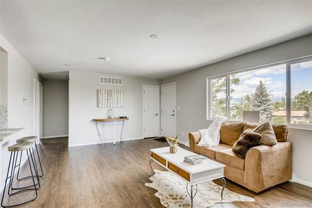 5890 Clear Creek Drive, Denver, CO 80212 (#2652196) :: The DeGrood Team