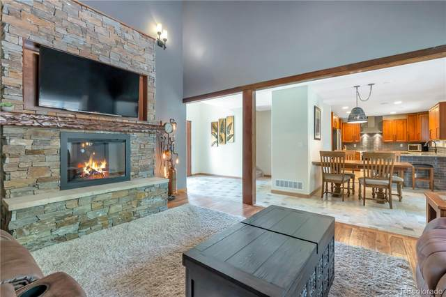 525 Cherrywood Drive, Longmont, CO 80504 (#2676741) :: The Dixon Group