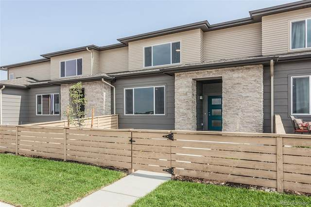 4824 Bourgmont Court, Timnath, CO 80547 (#4130965) :: The DeGrood Team