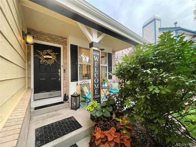 8275 S Reed Street, Littleton, CO 80128 (#5611780) :: The HomeSmiths Team - Keller Williams