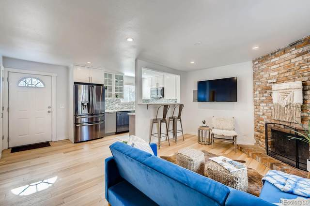 2700 S Holly Street #218, Denver, CO 80222 (#5630882) :: Venterra Real Estate LLC