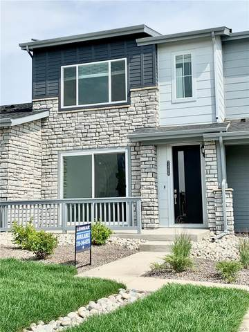 7488 W Evans Lane, Lakewood, CO 80227 (#5843162) :: The Griffith Home Team