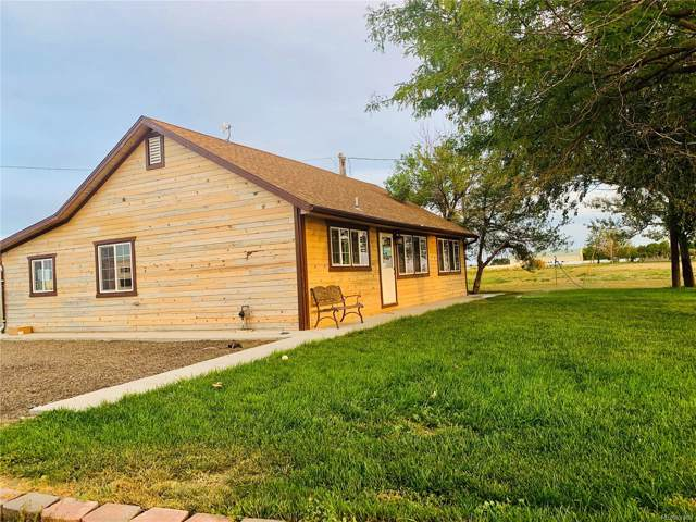 7648 County Road 65, Keenesburg, CO 80643 (#5931553) :: Harling Real Estate