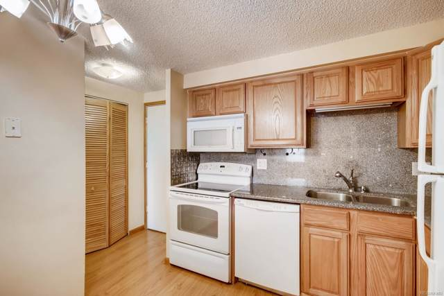 1300 S Parker Road #386, Denver, CO 80231 (#6185318) :: The HomeSmiths Team - Keller Williams