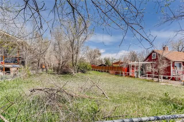 11691 W Pleasant Avenue, Lakewood, CO 80401 (#6216877) :: Symbio Denver