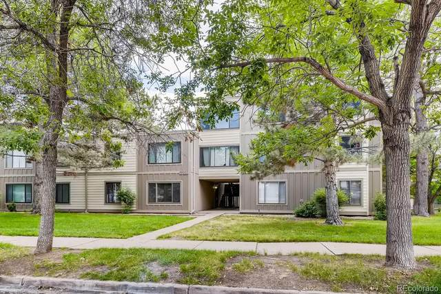 2525 S Dayton Way #2, Denver, CO 80231 (#6631538) :: The Griffith Home Team