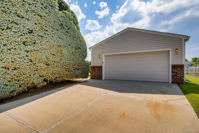 11450 W 45th Place, Wheat Ridge, CO 80033 (#7222844) :: The Brokerage Group