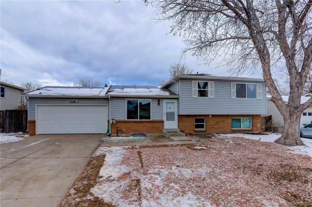 2645 S Crystal Street, Aurora, CO 80014 (#7527176) :: iHomes Colorado