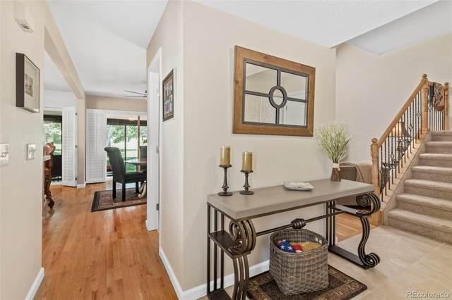 2730 S Heather Gardens Way, Aurora, CO 80014 (#8694945) :: Venterra Real Estate LLC
