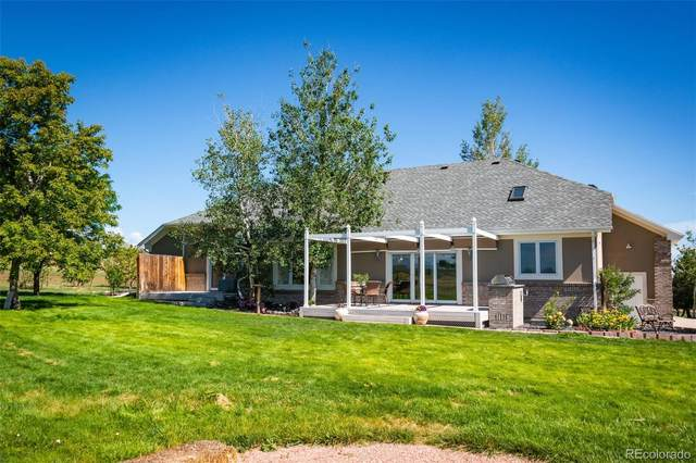 8228 W 111th Avenue, Broomfield, CO 80021 (#9456164) :: The DeGrood Team