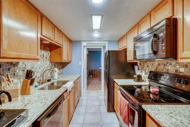 2525 S Dayton Way #2204, Denver, CO 80231 (#1755136) :: The Griffith Home Team