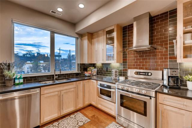 2840 W 26th Avenue #103, Denver, CO 80211 (#2591928) :: 5281 Exclusive Homes Realty