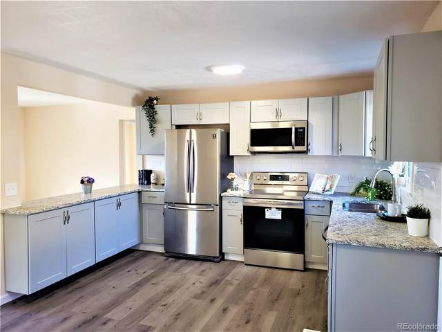 740 Kingston Street, Aurora, CO 80010 (#7803007) :: HomeSmart