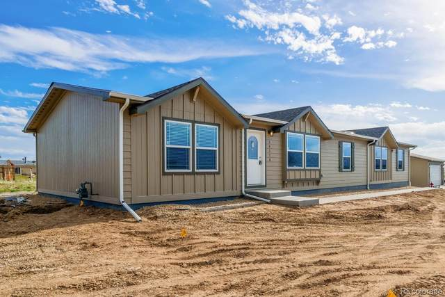 59805 E 38th Avenue, Strasburg, CO 80136 (#9582715) :: The Dixon Group