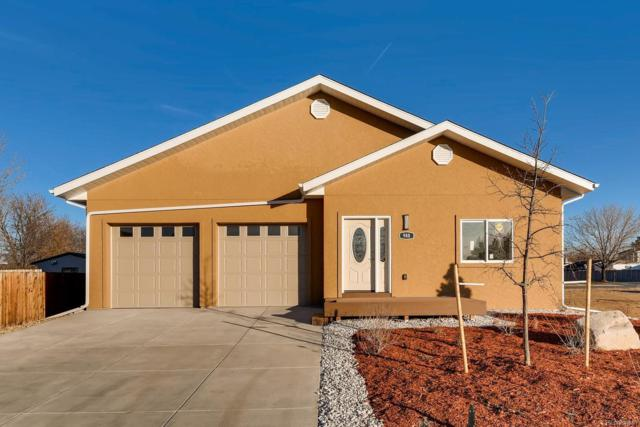 988 N Kittredge Court, Aurora, CO 80011 (#5812945) :: 5281 Exclusive Homes Realty