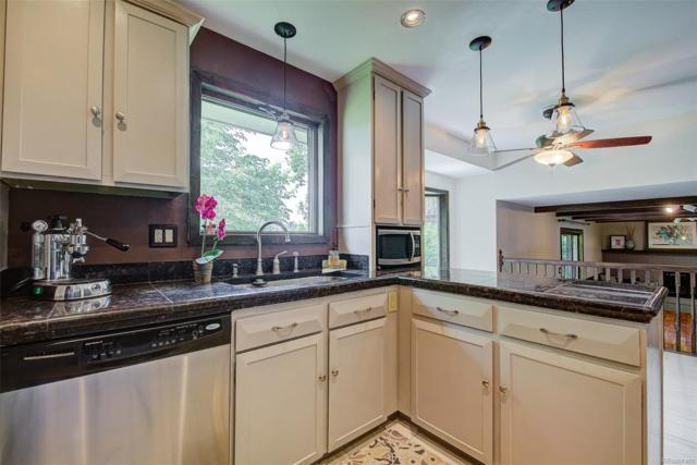 6280 W Canyon Avenue, Littleton, CO 80128 (#8304020) :: The HomeSmiths Team - Keller Williams
