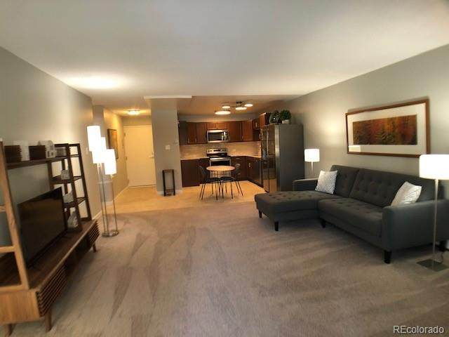650 S Alton Way 10A, Denver, CO 80247 (MLS #1524270) :: 8z Real Estate
