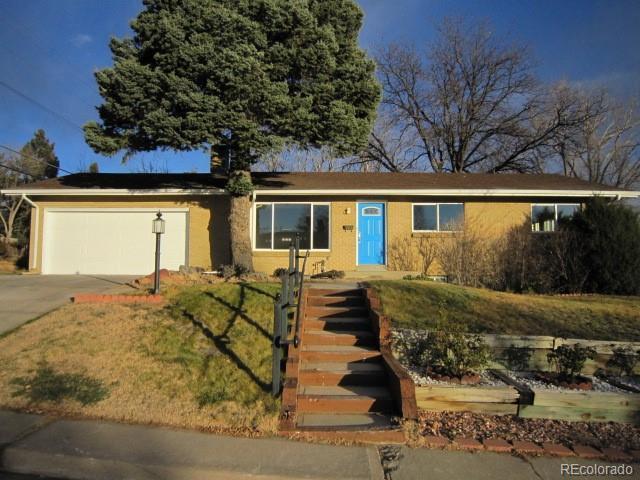2704 S Zurich Court, Denver, CO 80236 (#1586752) :: The Peak Properties Group