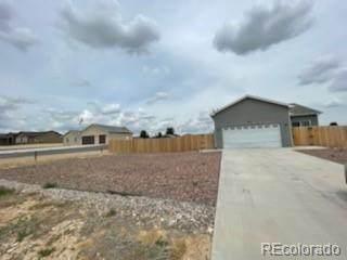 484 S Arriba Drive, Pueblo West, CO 81007 (#1671518) :: The Griffith Home Team