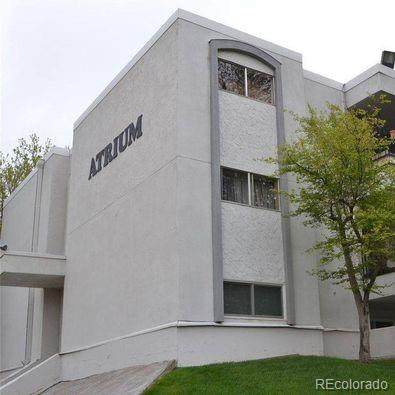 2375 S Linden Court #207, Denver, CO 80222 (#1713117) :: Chateaux Realty Group