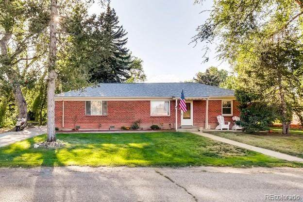5115 Dover Street, Arvada, CO 80002 (#1792914) :: The Gilbert Group