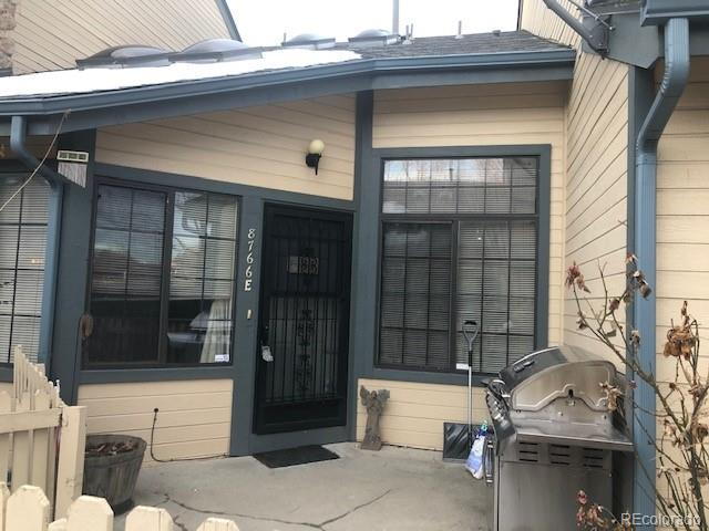 8766 Allison Drive E, Arvada, CO 80005 (#2351044) :: The Peak Properties Group