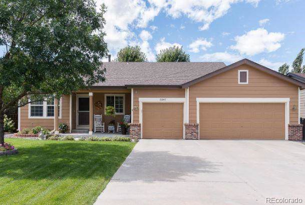 5207 S Riviera Circle, Aurora, CO 80015 (#2672228) :: James Crocker Team