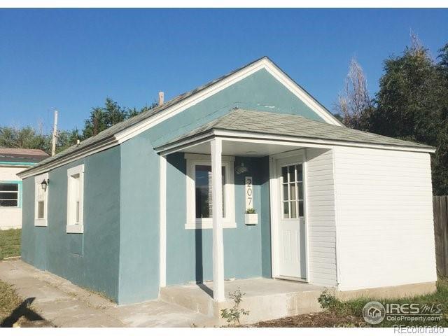 207 Pearl Street, Wiggins, CO 80654 (MLS #3236850) :: 8z Real Estate