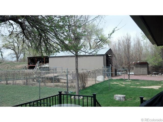 10585 W 72nd Avenue, Arvada, CO 80005 (#3555698) :: The DeGrood Team