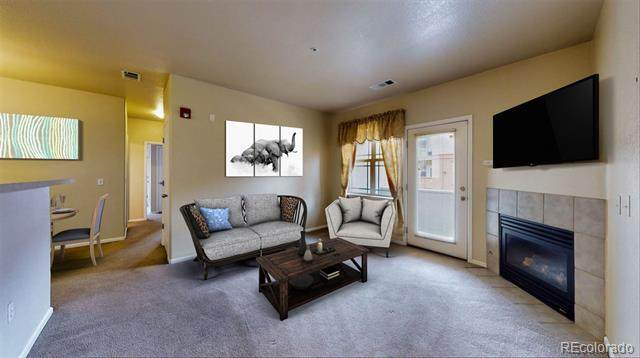 8123 W 51st Place #202, Arvada, CO 80002 (#3562922) :: The DeGrood Team