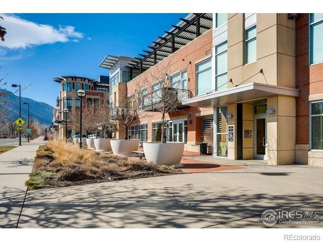 1155 Canyon Boulevard #203, Boulder, CO 80302 (#3748648) :: The Dixon Group